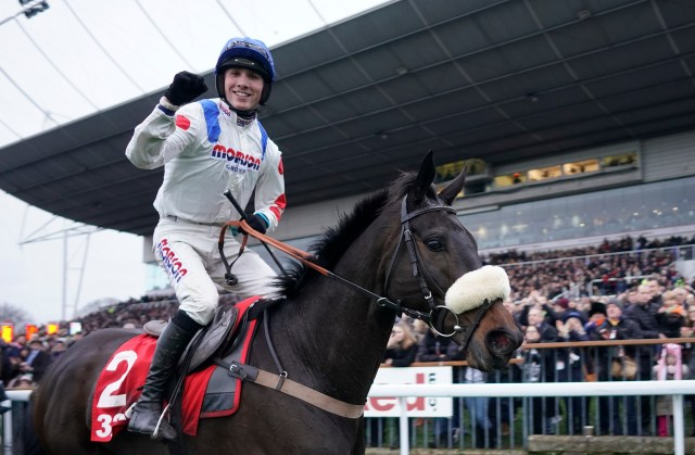 Cobden won the 2018 King George on Clan Des Obeaux but chose to ride Cyrname in the 2019 renewal