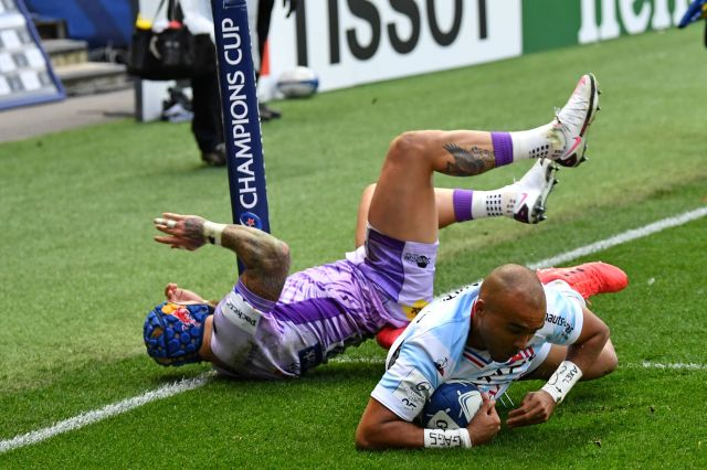 Zebo escapes the attention of Red Rose Jack Nowell to touch down