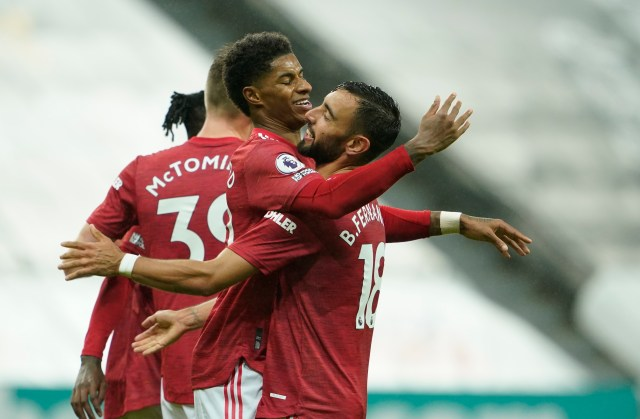 Rashford and Fernandes celebrate