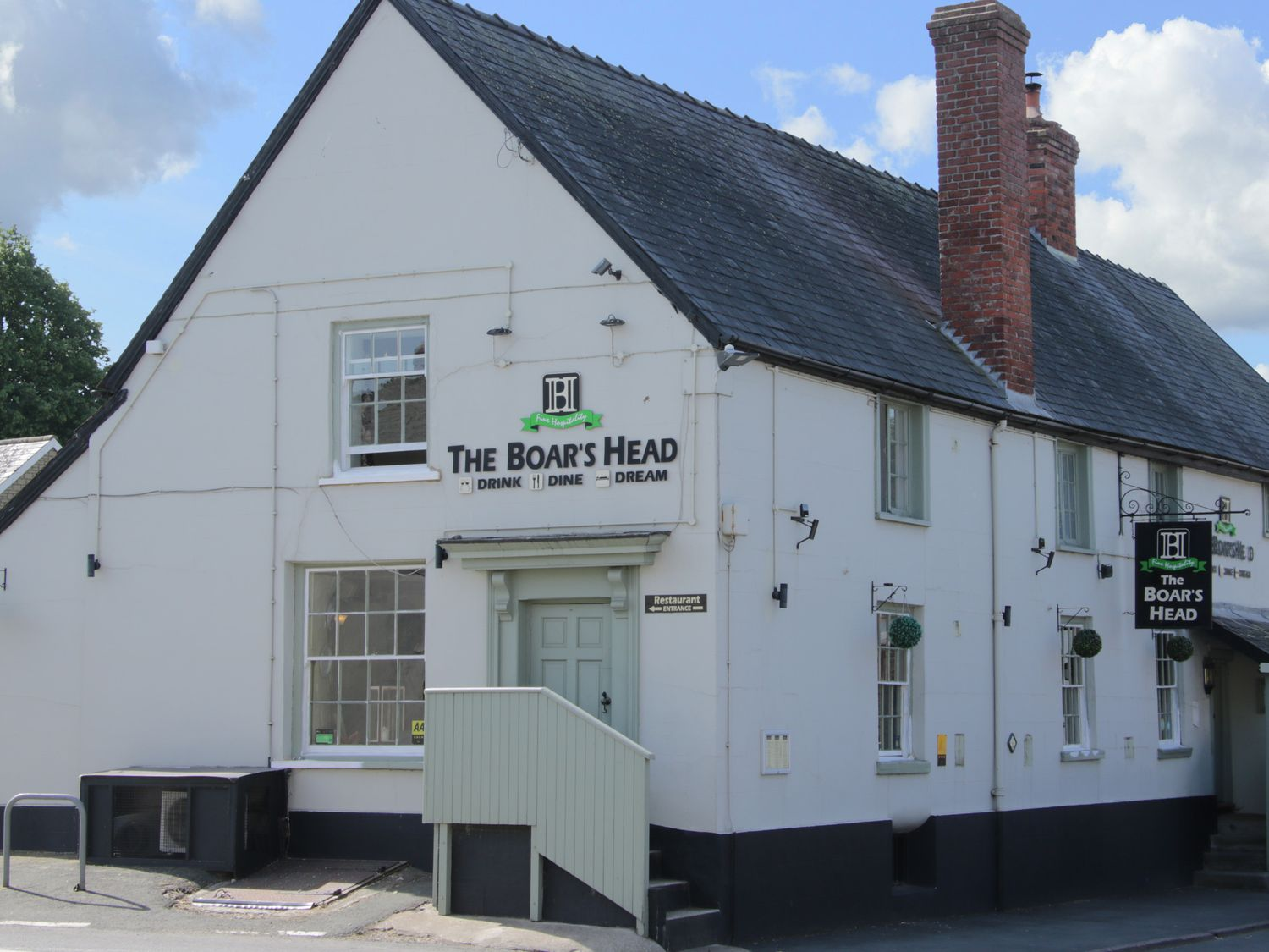 The Boar's Head is split into the pub and the bedrooms