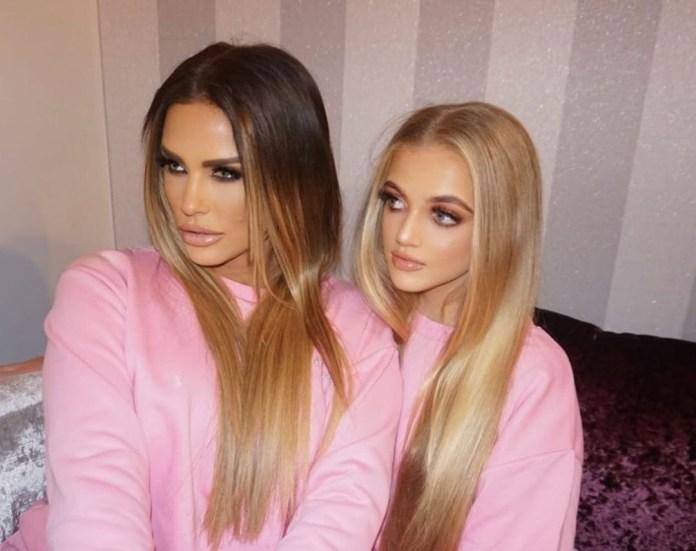 The couple often share 'twinning' photos