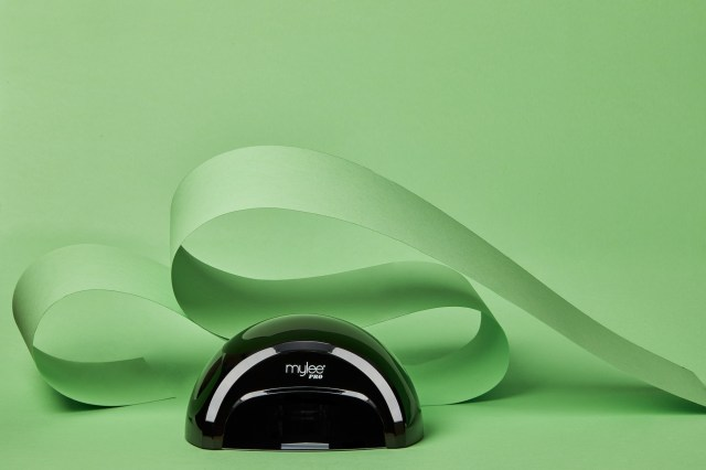 We put Mylee's Pro Salon Series LED Lamp to the test