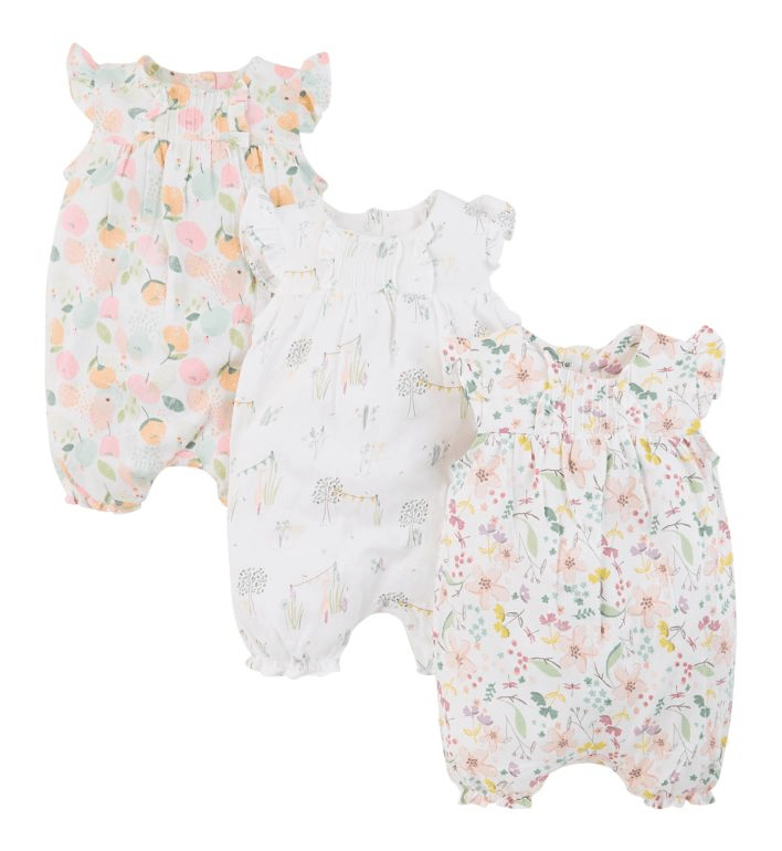 These floral rompers could be a nice outfit for the little ones during summer