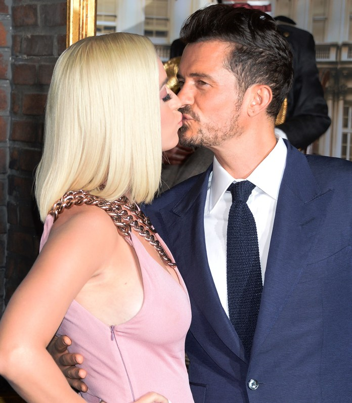 Orlando Bloom says his top smooch was with a girl called Debbie, not Katy Perry