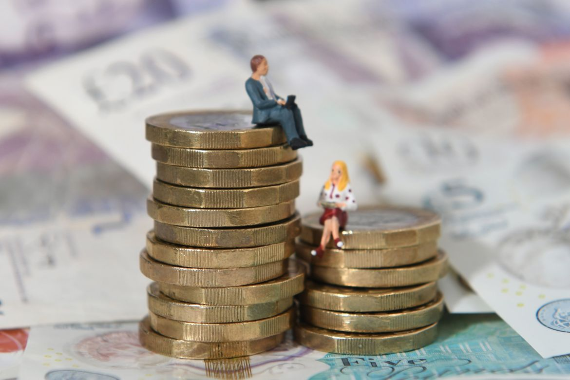 Weekly state pension payments could hit more than £200 by 2025