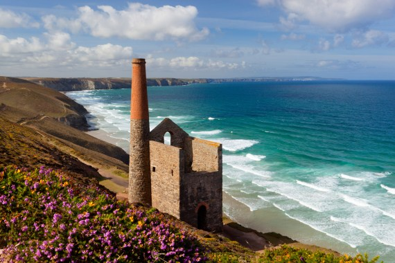 Find great food and golden beaches in Cornwall