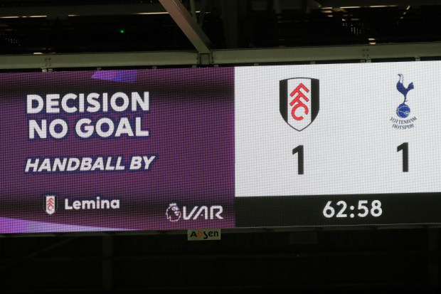 Fulham fury as Maja equaliser against Tottenham is controversially ruled out over Lemina handball 2
