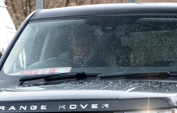 The star was allegedly spotted driving Carl's black Range Rover last week