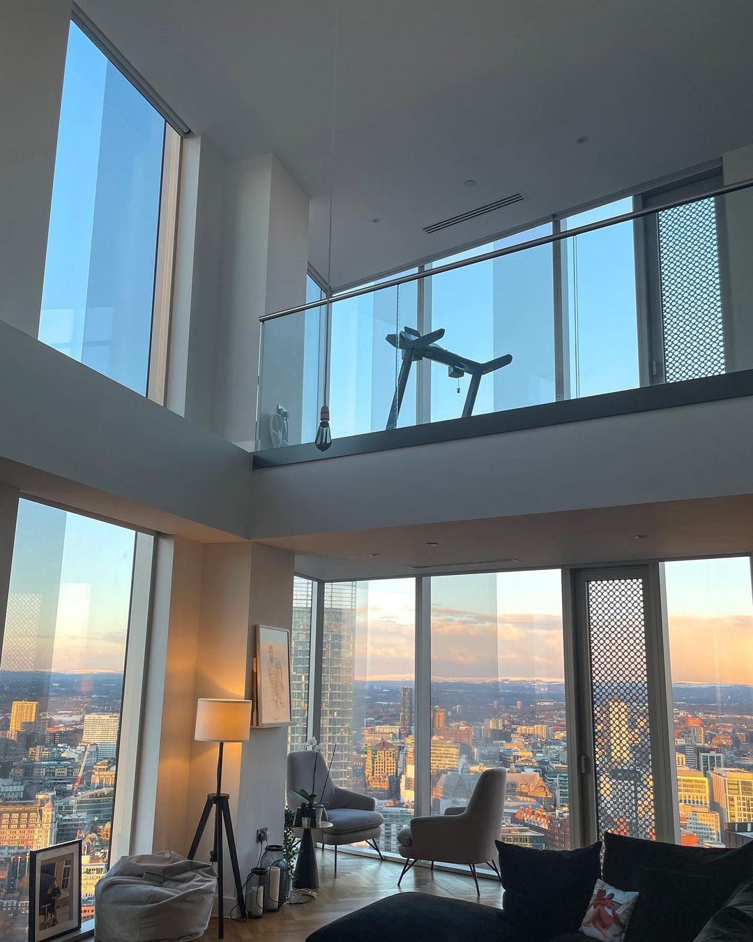 They are currently renting a penthouse in Manchester