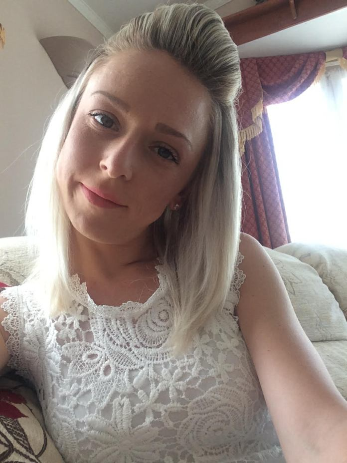 Leanne put off two smear tests, which she says could have led to an earlier diagnosis