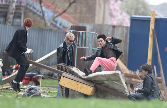 Sid Vicious is played by Louis Partridge, Jacob Slater plays Paul Cook , Anson Boon plays Johnny Rotten and Toby Wallace plays Steve Jones