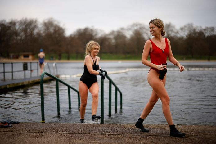 Pals went for a dip in the Serpentine, London