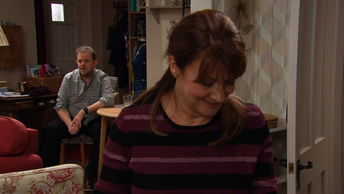 Bob is worried when he finds Dan Spencer getting cosy with Wendy