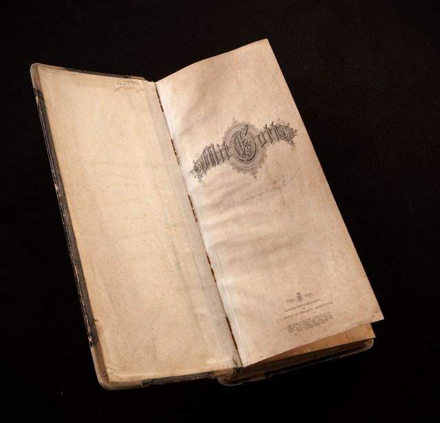 The non profit foundation want to use the diaries to help return the treasures to the rightful owners