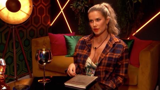 She had to make the decision alongside her 'boyfriend' Felix (Natalya)
