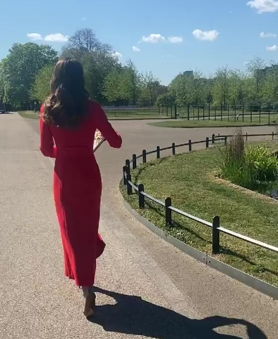 Kate was filmed walking around London in the sun this morning
