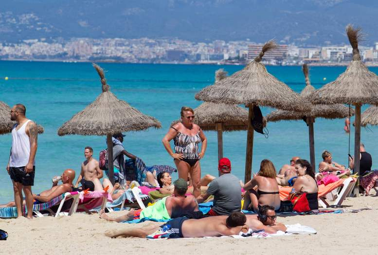 Brits are losing out on foreign hols despite our superior vaccine rollout