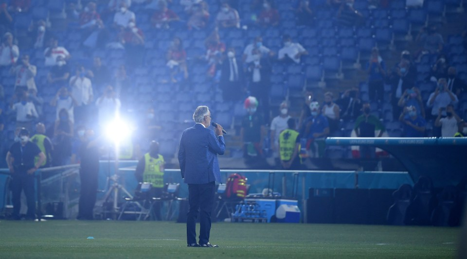 Bocelli brought tears to the eyes of those watching at home and inside the stadium