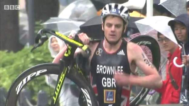 In the triathlon Jonny Brownlee carried his bike for a mile after wrecking it in a crash