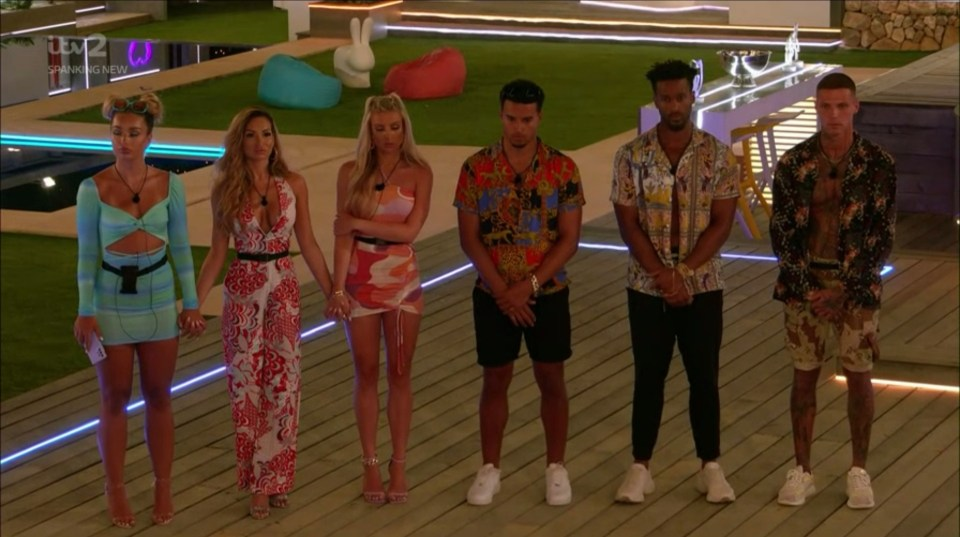Love Island fans were in uproar as the show ended on another cliffhanger as six Islanders are at risk