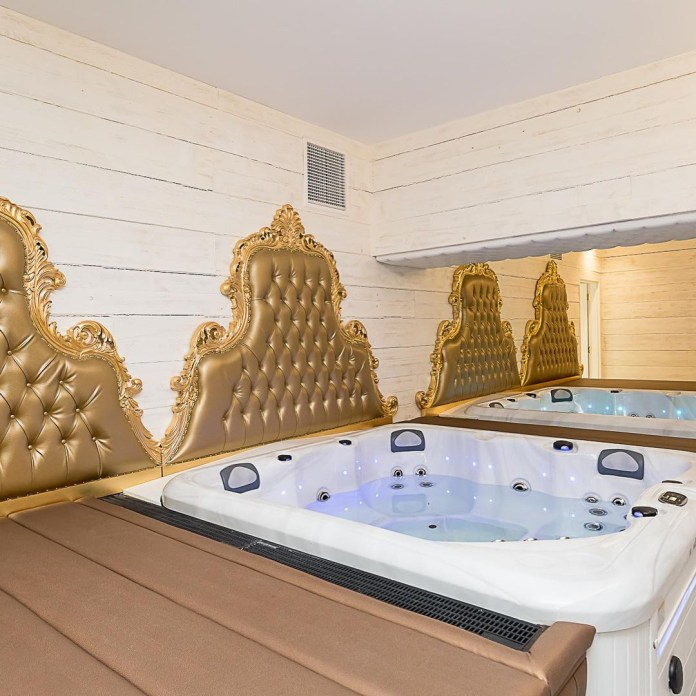 Dixie Dean hotel has launched the suite with two eight-person hot tubs