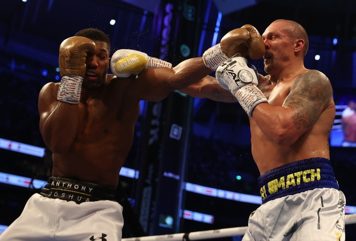 Usyk came out flying early in the fight