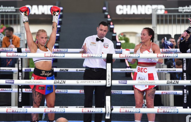 She won her last fight against Bec Connolly