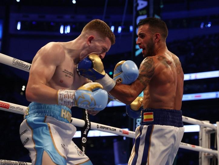 Tough shot for Hatton to swallow, tough result for Martinez to swallow | MAFB: Joshua vs Usyk