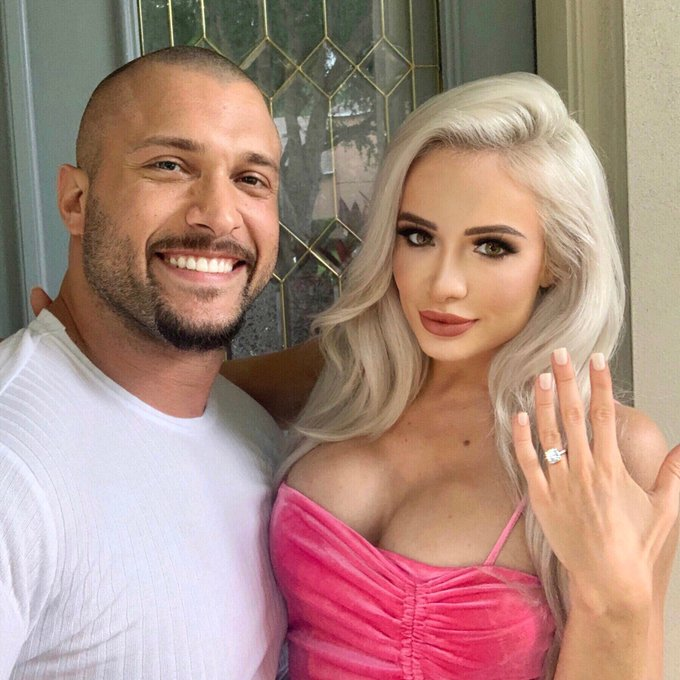 Scarlett posted a photo showing off the engagement ring alongside Kross on social media