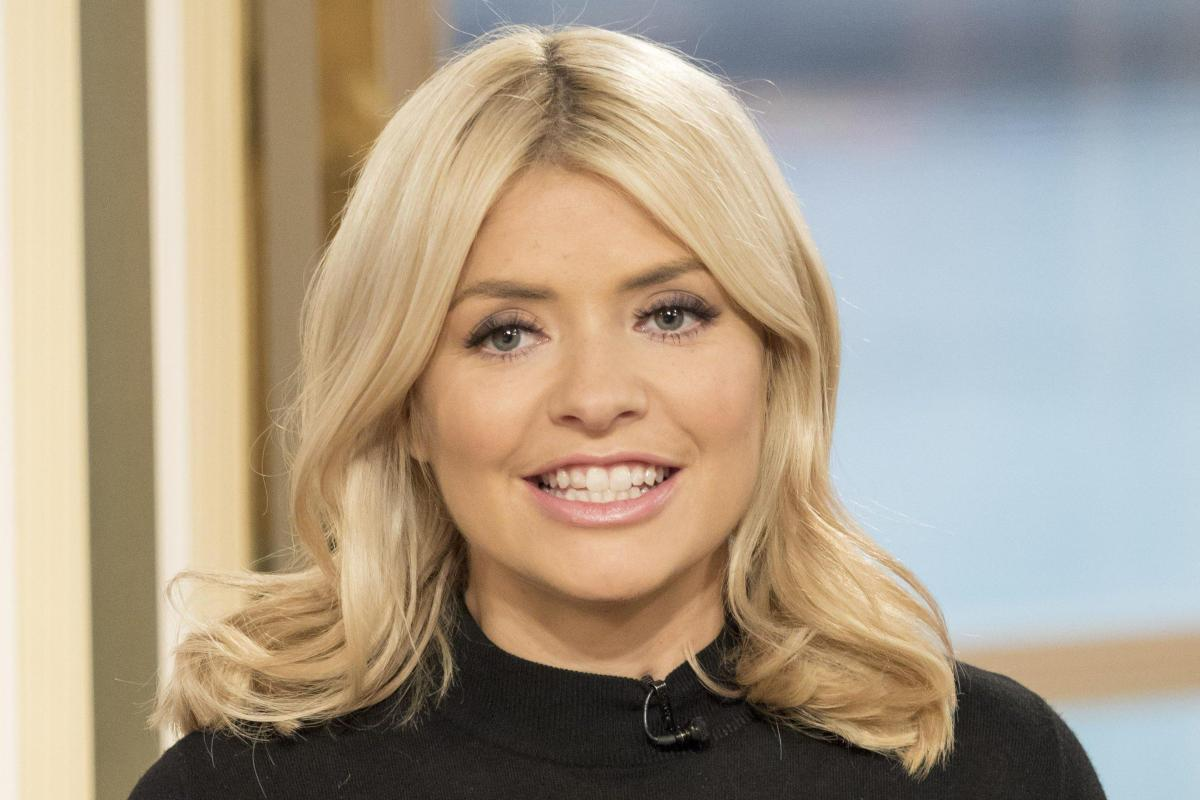 Holly Willoughby Nude Photos 83