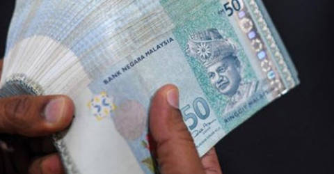 Cashier loses more than RM60,000 in love scam