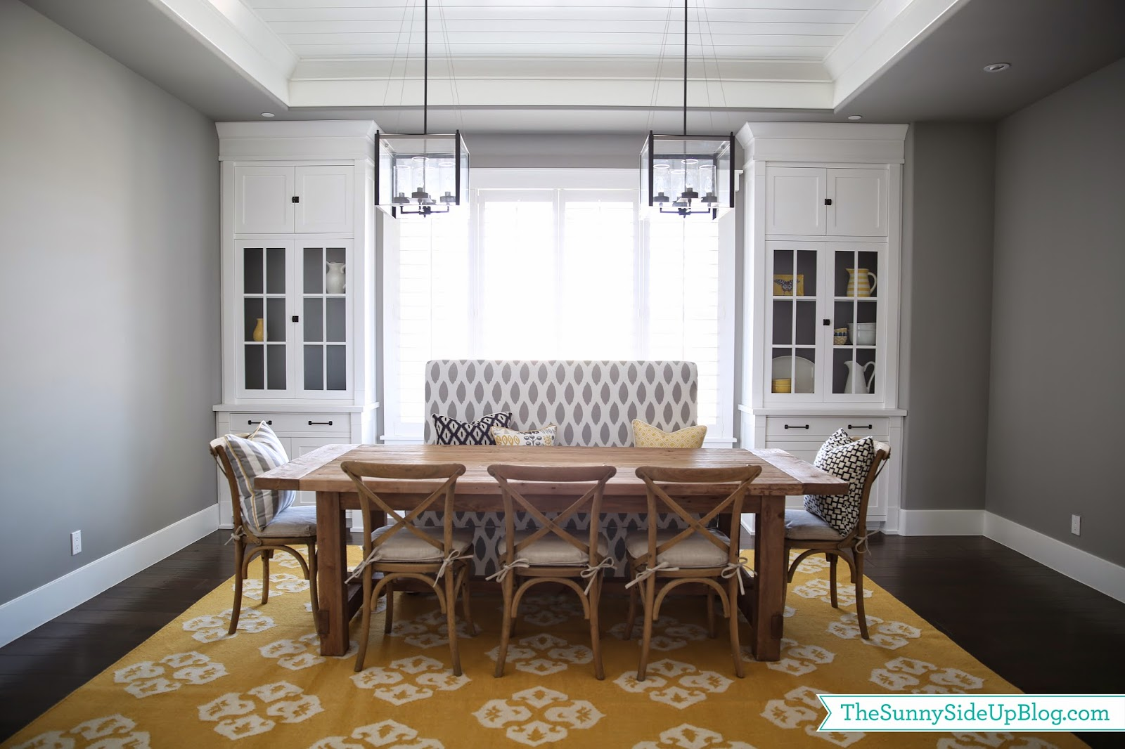 Formal dining room table decorating ideas