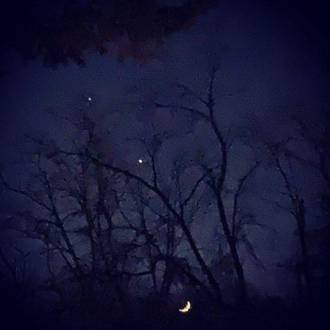 Saturn, Jupiter & Moon - 11-18-2020 - CREDIT: Linda Schenk