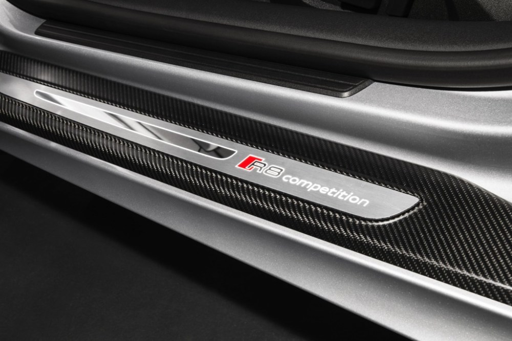 Audi R8 Competition illuminated door sill badging