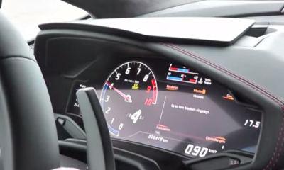 Lamborghini Huracan LCD instrument cluster