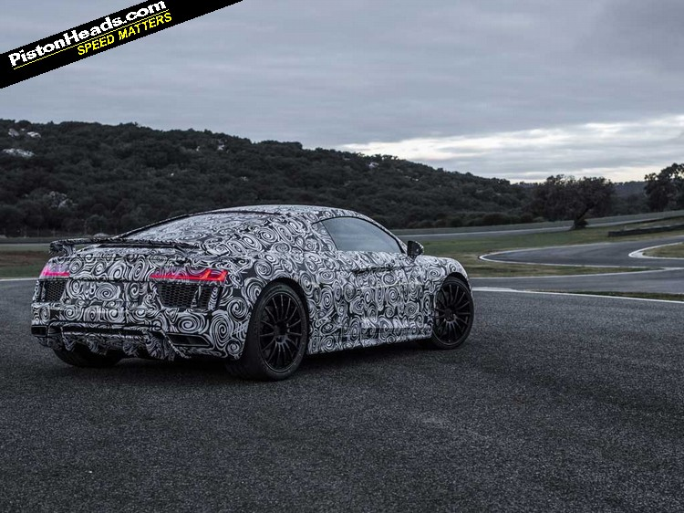 New Audi R8 rear