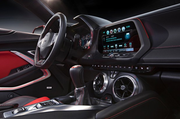 2016 Chevrolet Camaro launch 11