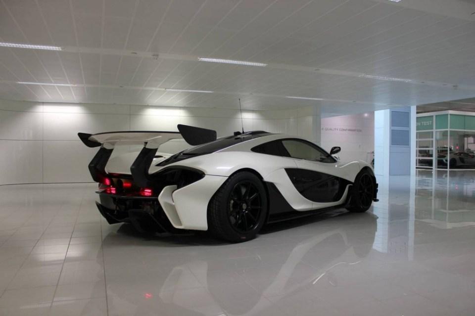 McLaren P1 GTR in white-3