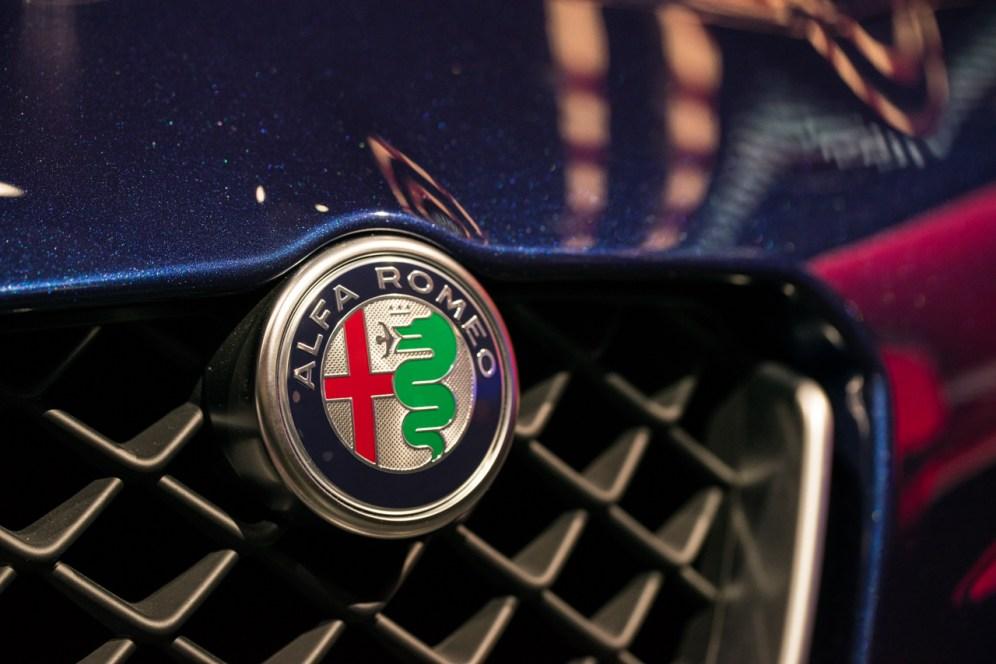 Alfa Romeo Giulia- 2016 Detroit Auto Show-1