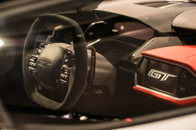 Ford GT- 2016 Detroit Auto Show-3