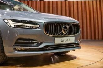 Volvo S90- 2016 Detroit Auto Show-1