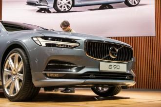 Volvo S90- 2016 Detroit Auto Show-2