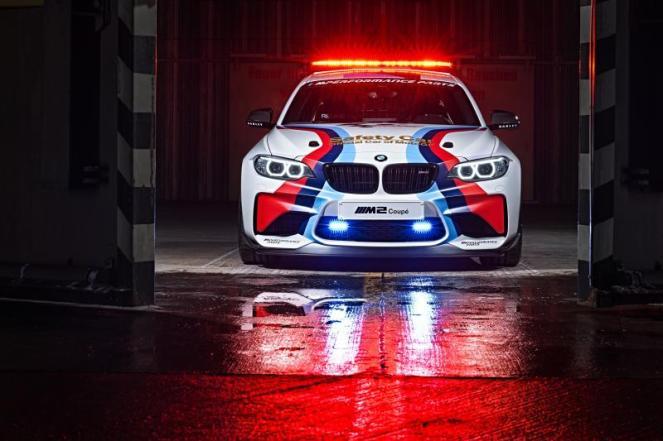 2016 BMW M2 MotoGP Safety Car-8