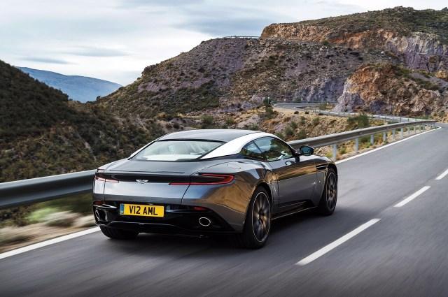 2017 Aston Martin DB11- 2016 Geneva Motor Show-4