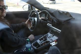 2017 Porsche Panamera caught testing in the US- interior-1