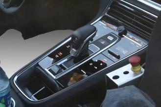 2017 Porsche Panamera caught testing in the US- interior-2