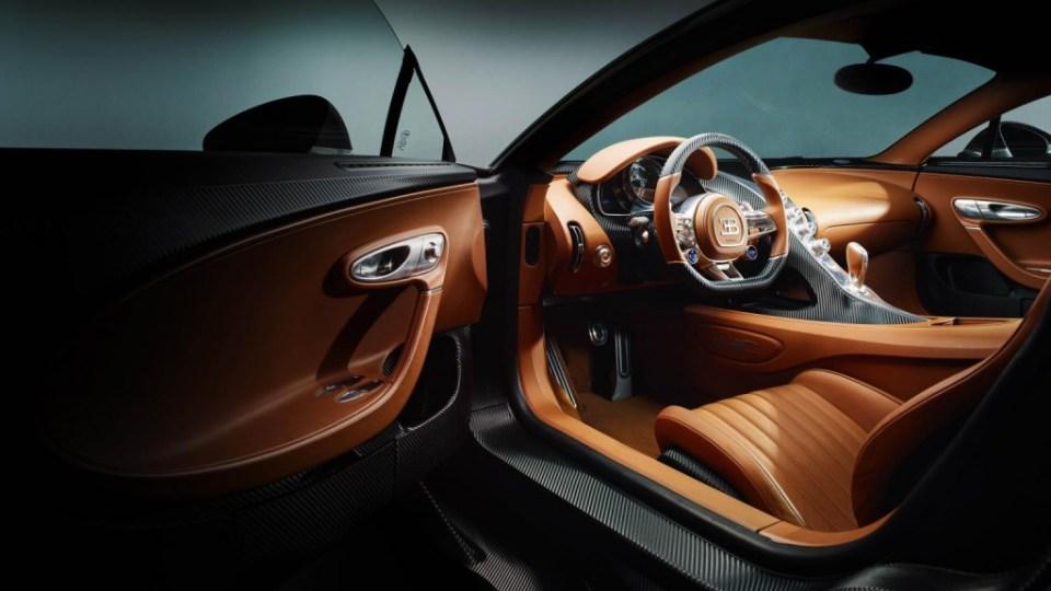 Bugatti Chiron Official Image- 2016 Geneva Motor Show-14