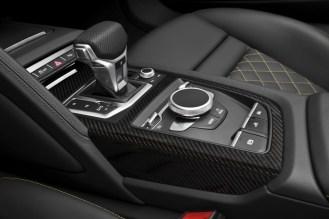 2017 Audi R8 Spyder V10- 2016 NY Auto Show-7