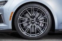 2017 Chevrolet Camaro ZL1- 2016 NY Auto Show-10
