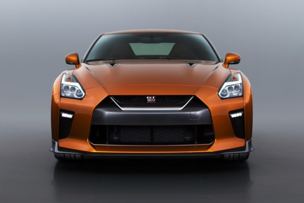 2017 Nissan GT-R Facelift- 2016 NY Auto Show-2
